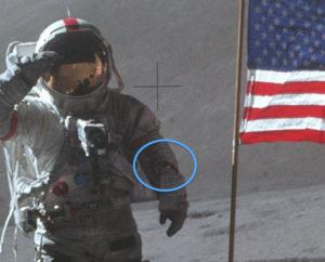 David Scott mit seiner Bulova Moonwatch [mit freundlicher Genehmigung von der NASA]