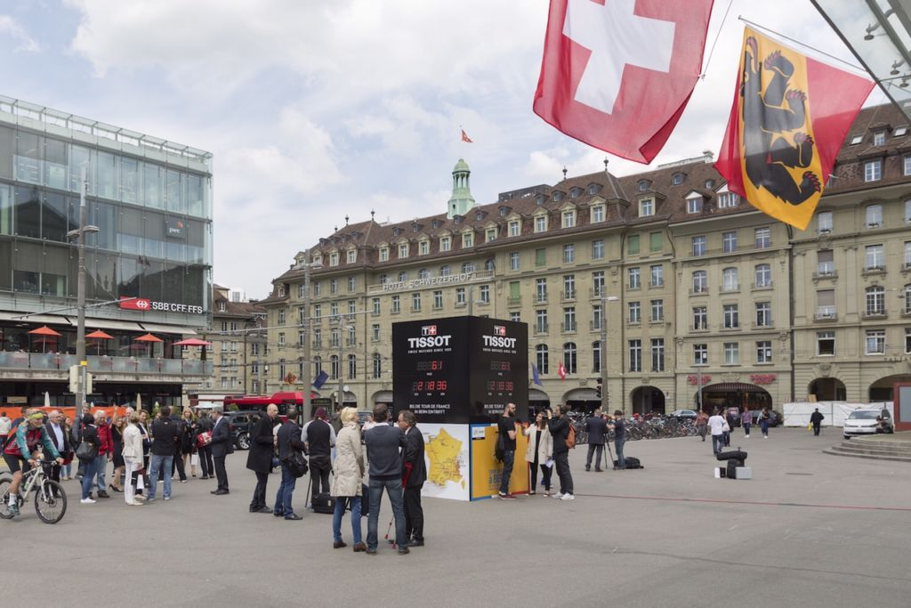 Tissot_Bern_Tour_de_France_Tschappat_Thiebaud_Place