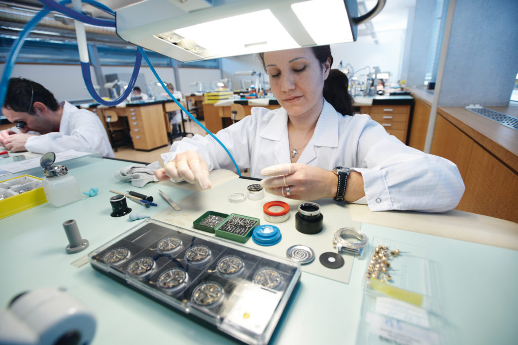 Breitling Chronométrie - Emboitage Manufacturing