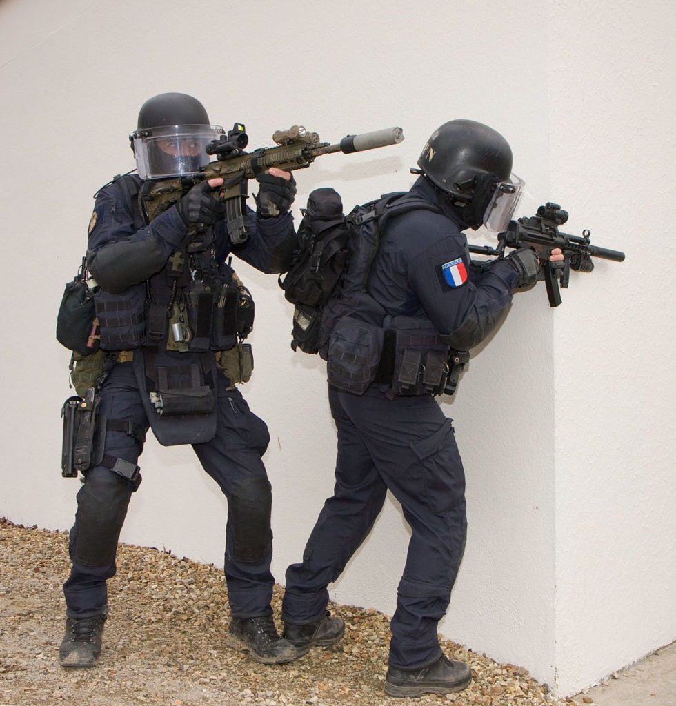 Harte Jungs: Die französische GIGN, Bild: By Domenjod (Own work) [CC BY-SA 4.0 (http://creativecommons.org/licenses/by-sa/4.0)], via Wikimedia Commons