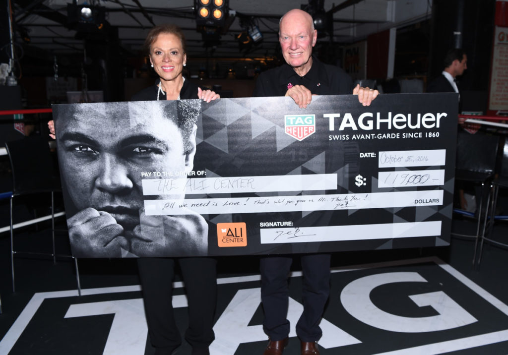 Lonnie Ali und Jean-Claude Biver, Bild: Dave Kotinsky/Getty Images for TAG Heuer