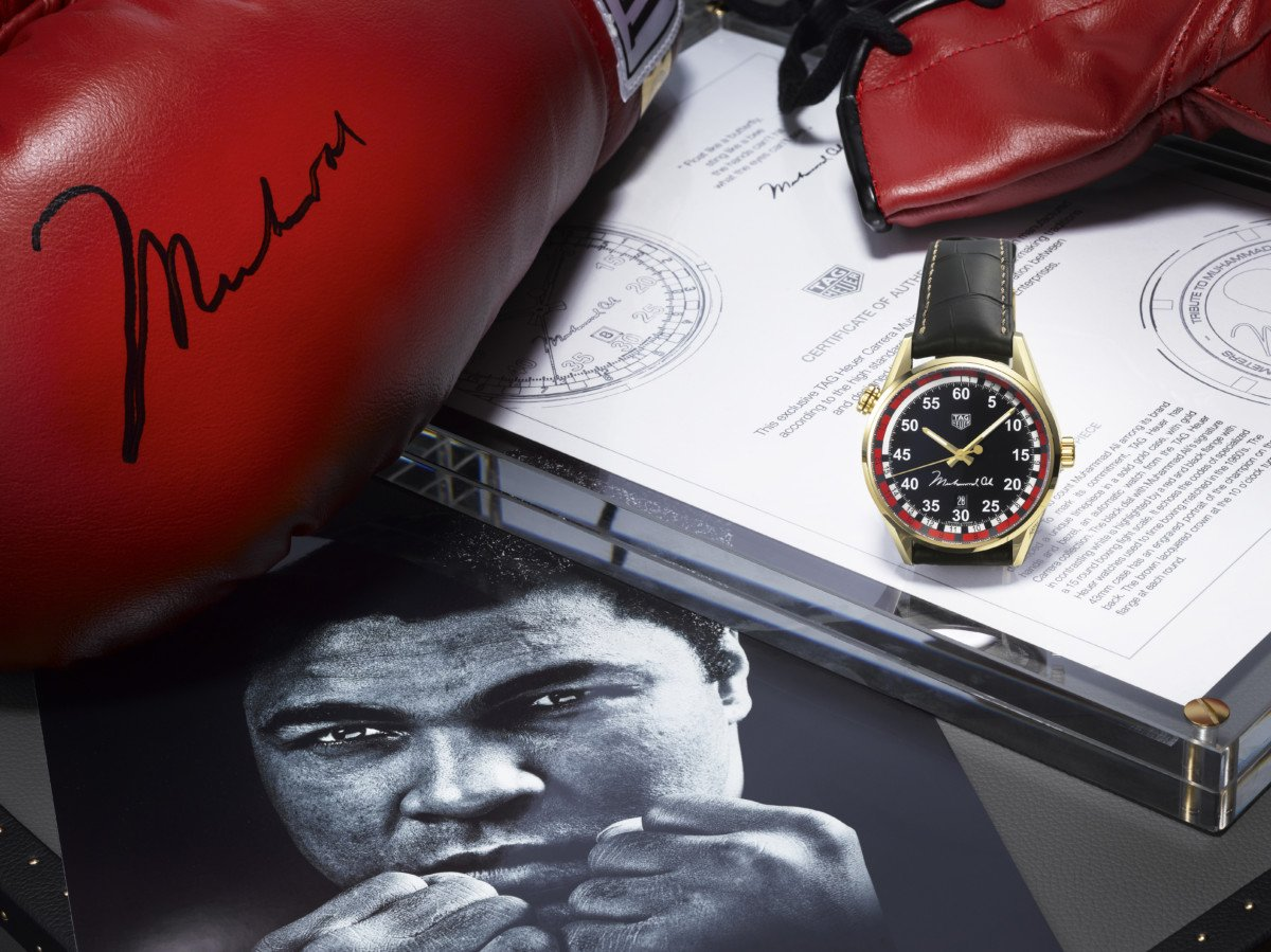 Read more about the article TAG Heuer Calibre 5 Ring Master: Muhammad Ali Edition (WAR2A11.FC6337)