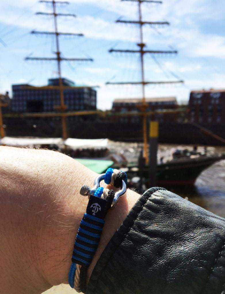 Constantin Nautics Ocean Wave Armband blau