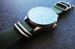 WatchBandit Zulu silber grün silver green Laco Faro B-Muster Beobachtungsuhr