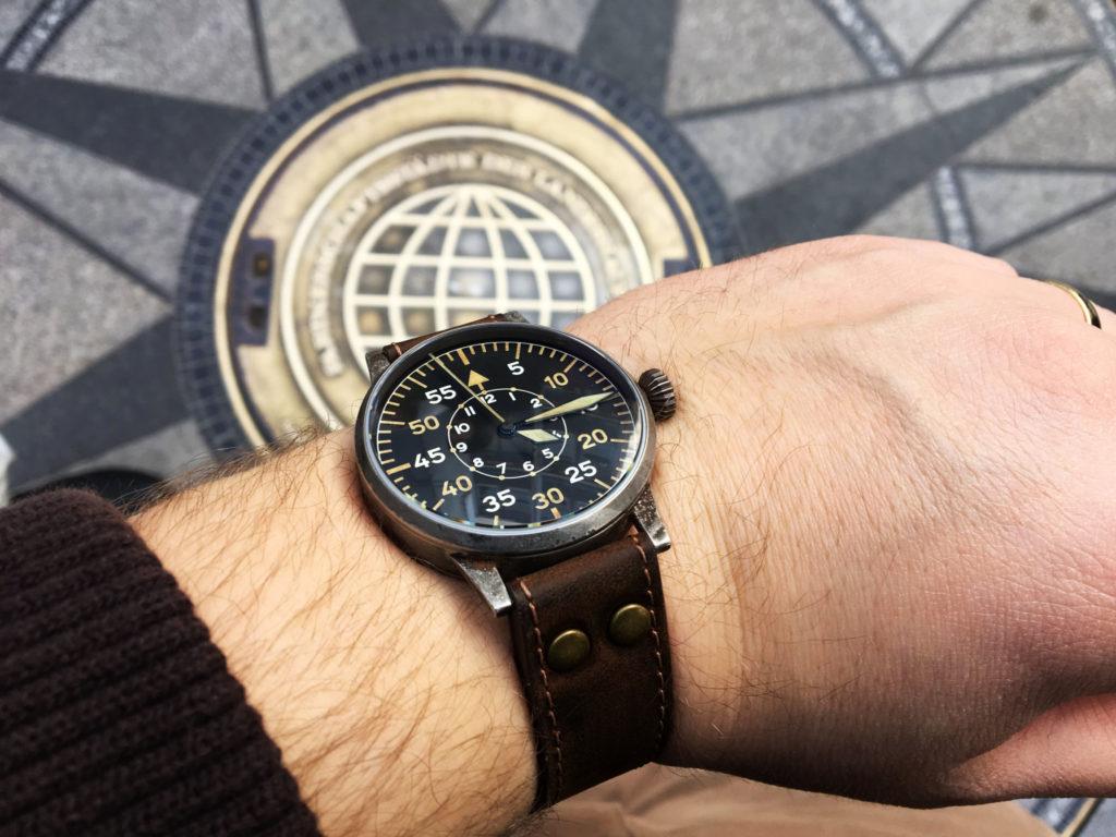 Lacer Paderborn Erbstück Beobachtungsuhr Fliegeruhr B-Uhr B-Muster WWII Vintage Handgelenk Wristshot