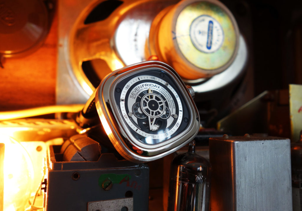 Sevenfriday P1B 01 P-Series Industrie-Optik