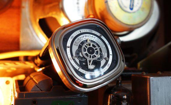 Sevenfriday P1B 01 P-Series Industrie-Optik Titelbild
