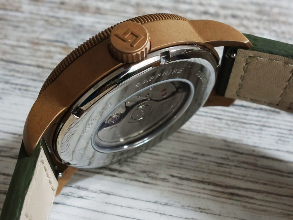 LÜM-TEC B19 Combat Bronze Military Uhr Seite Gehäuse