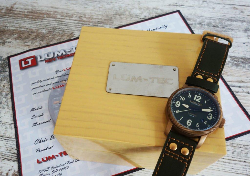 LÜM-TEC B19 Combat Bronze Military Uhr Box Papiere