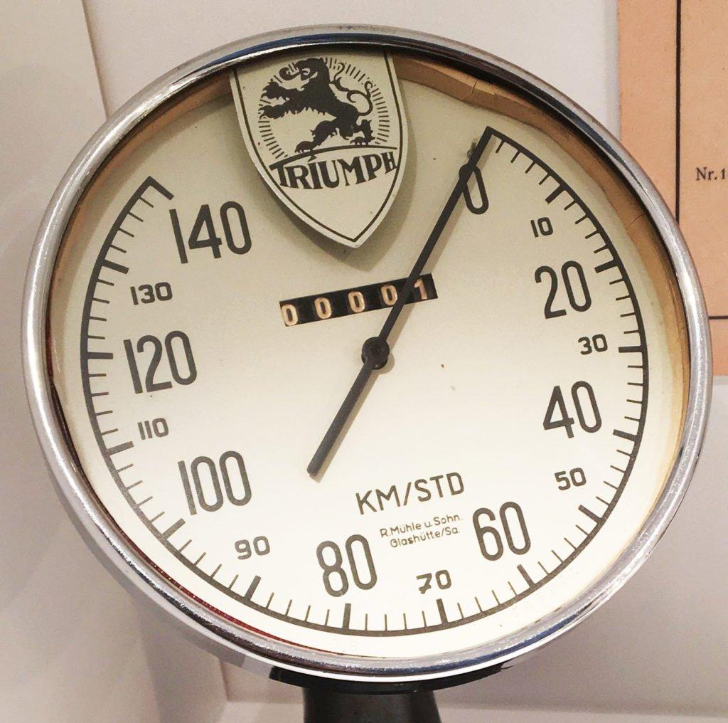 Triumph Vintage Tachometer Glashütte