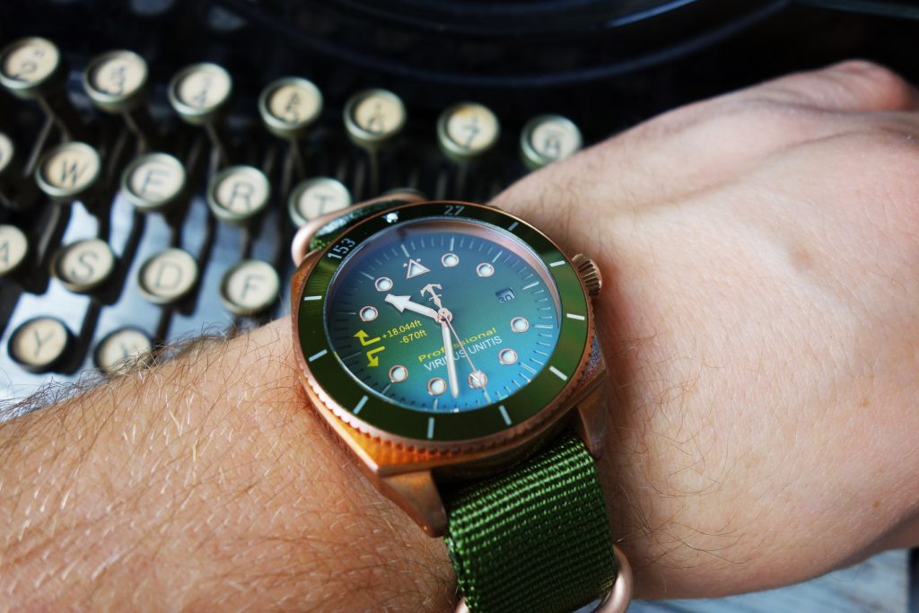 Bronze Uhr 42 mm Handgelenk