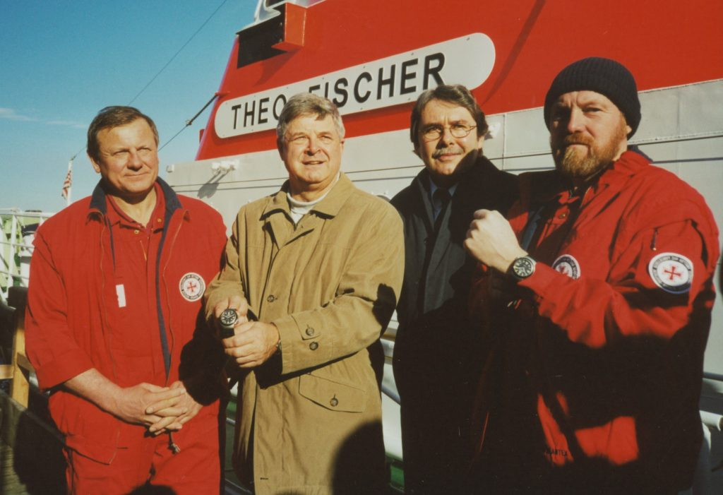 SAR Rescue Timer Vorstellung in Warnemünde 2002