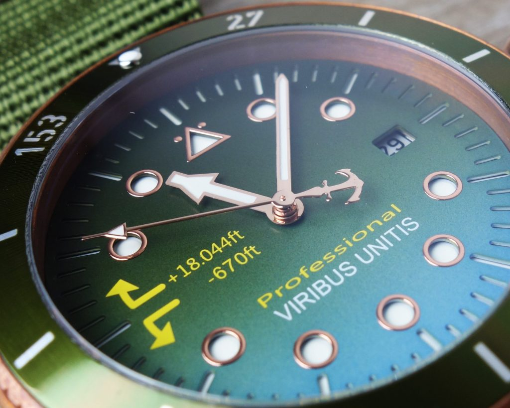 Viribus Unitis Bronze Farb-Verlauf
