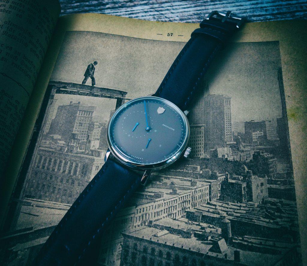 Deutsche Uhrenfabrik Thüringen Bauhaus Vintage