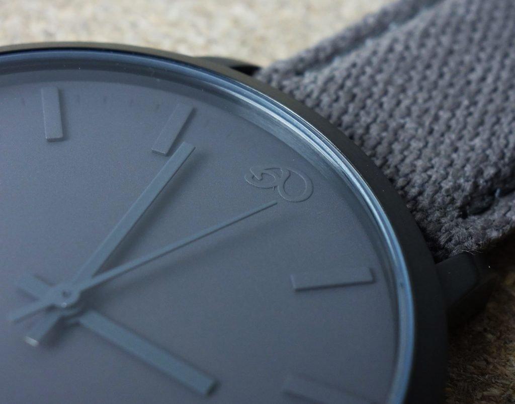 GAXS Uhr grau