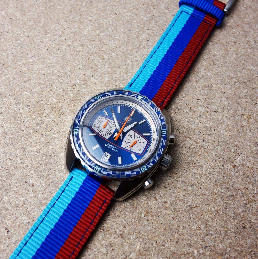Rennstreifen Textilband Uhr