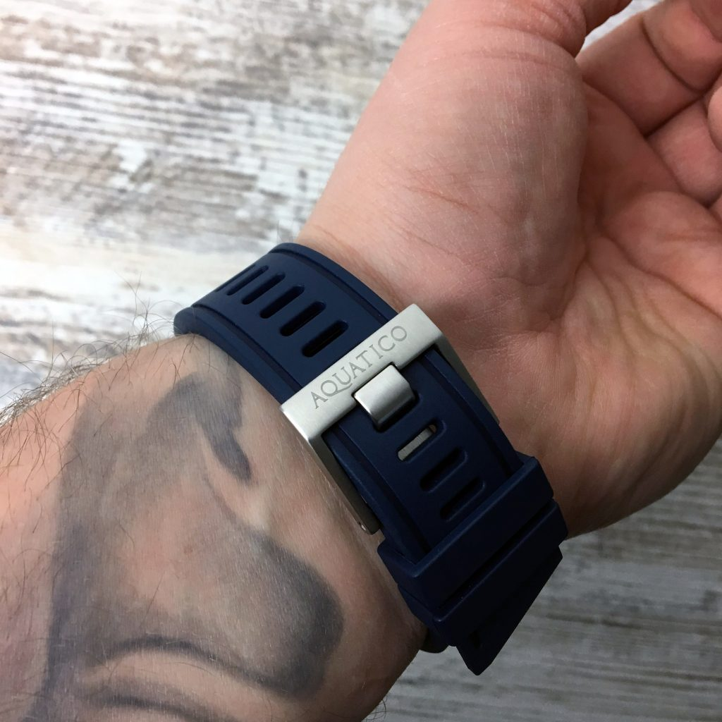 Aquatico Wrist