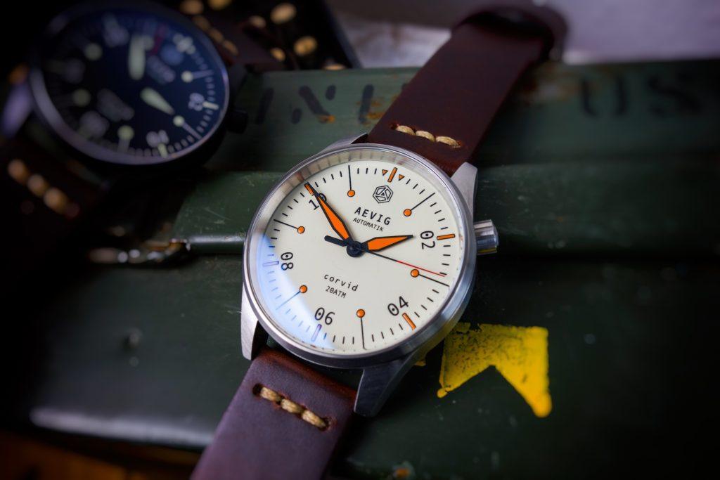Aevig Rune Militär Uhr