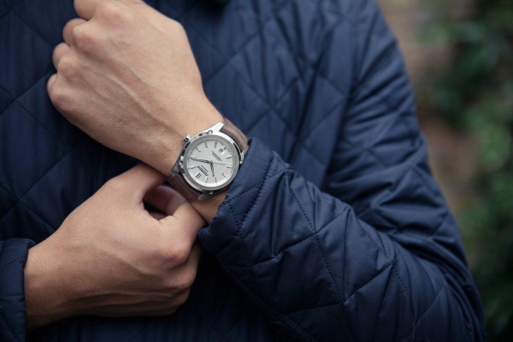 Formex Essence Chronometer Swiss Made COSC
