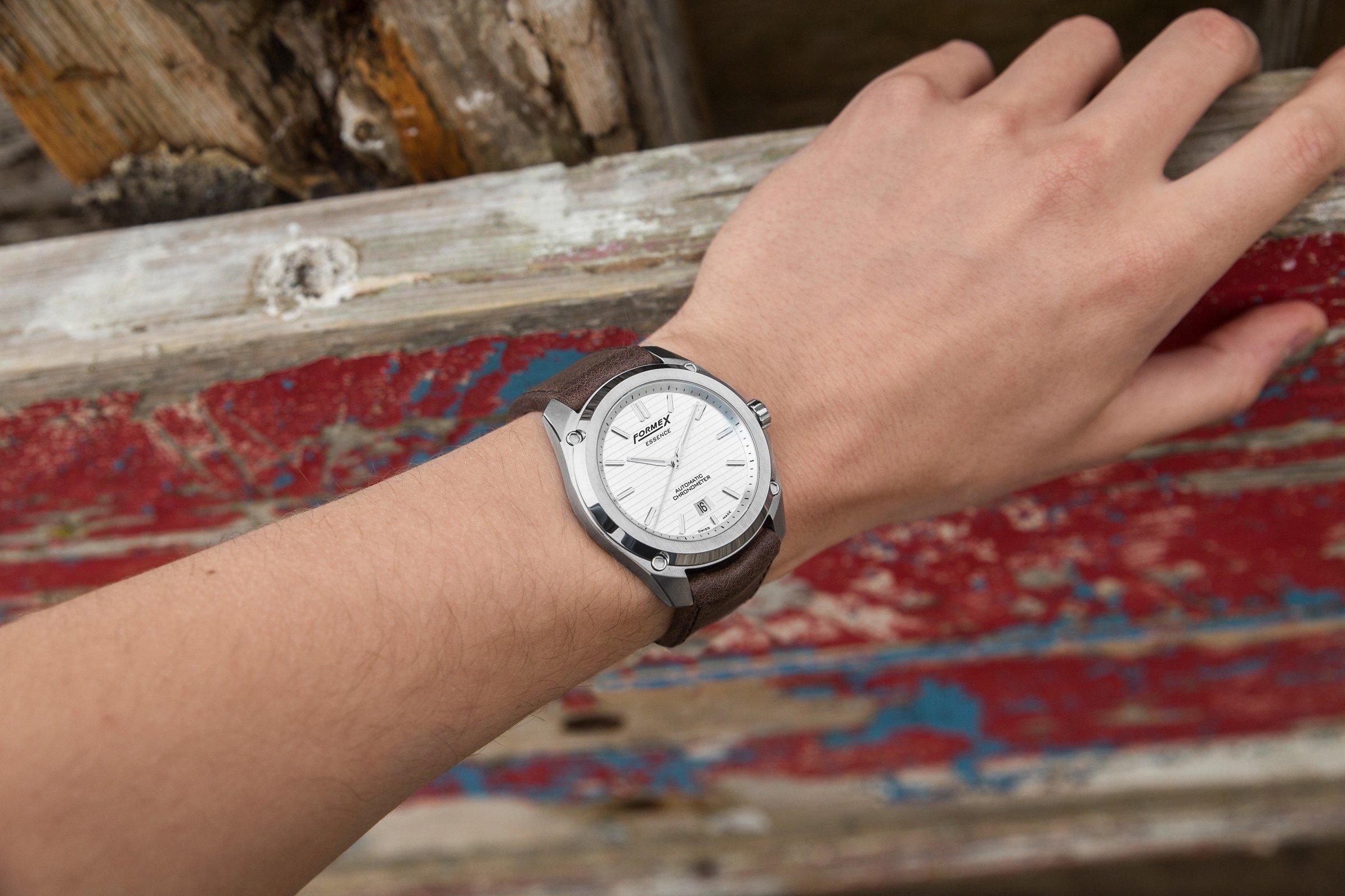 Formex Essence Automatic Chronometer Silver Test