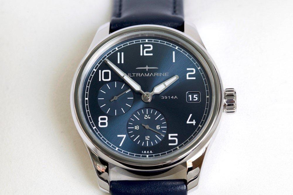 Ultramarine UTC GMT Uhr