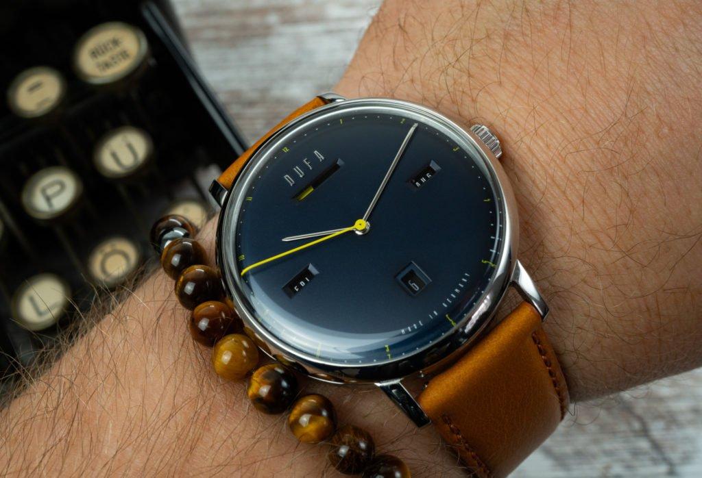 Dufa Bauhaus Uhr 42 mm Wristshot