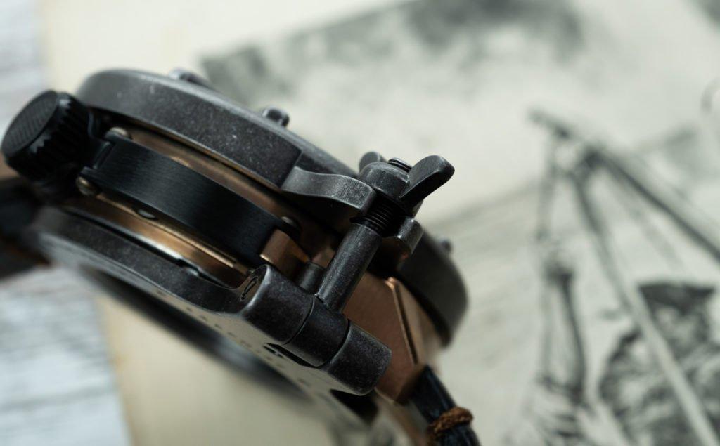 Schutz Gehäuse für Uhr Ballast 1903 Bronze