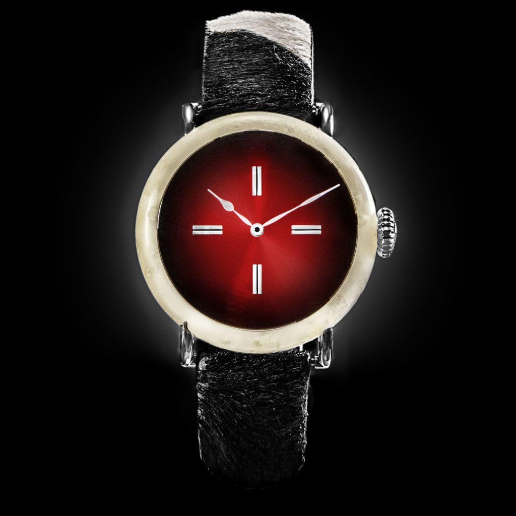 Swiss Mad Watch Schweizer Käse Uhr Moser Cie