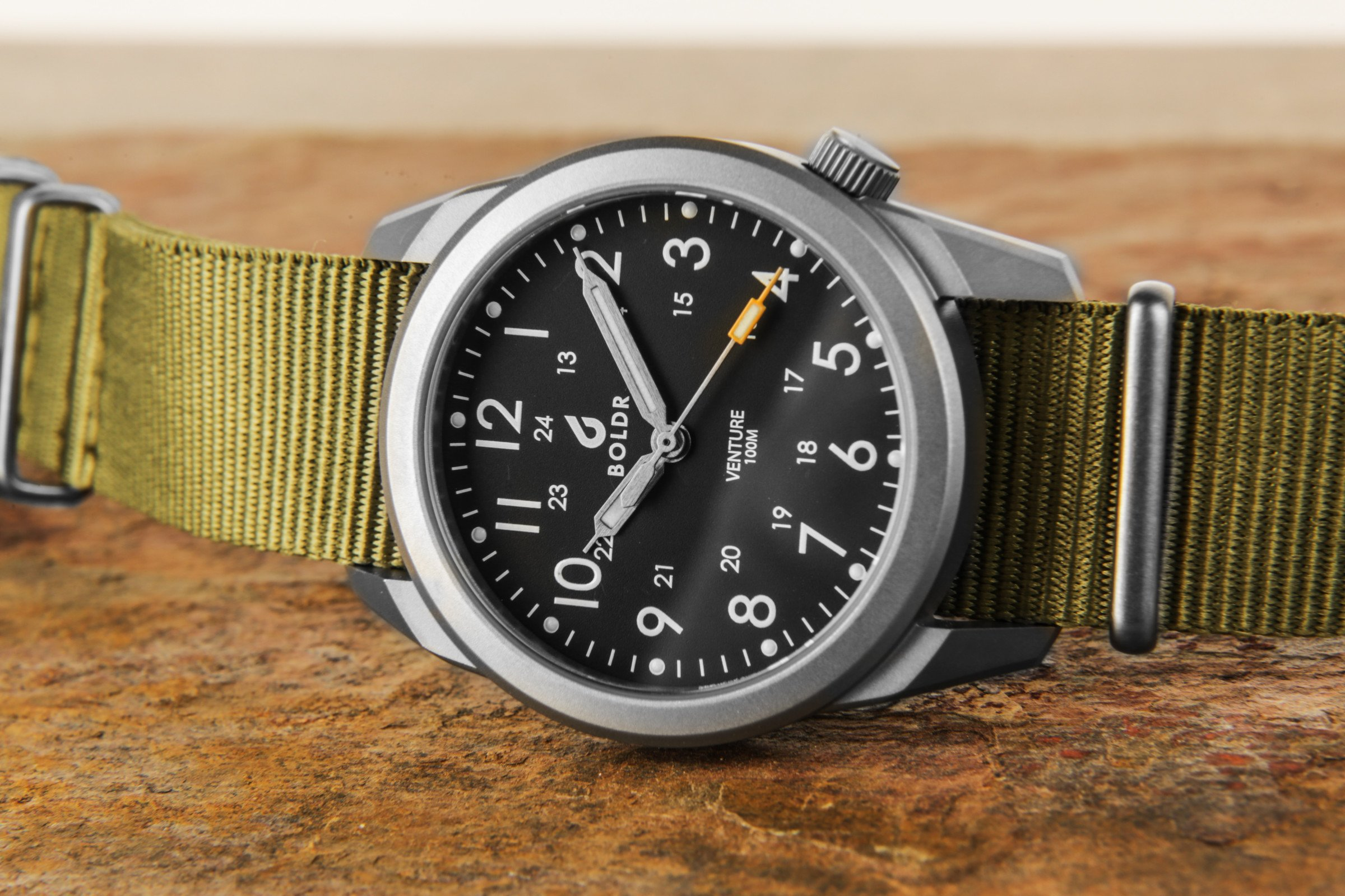 BOLDR Venture 100€ Field Watch