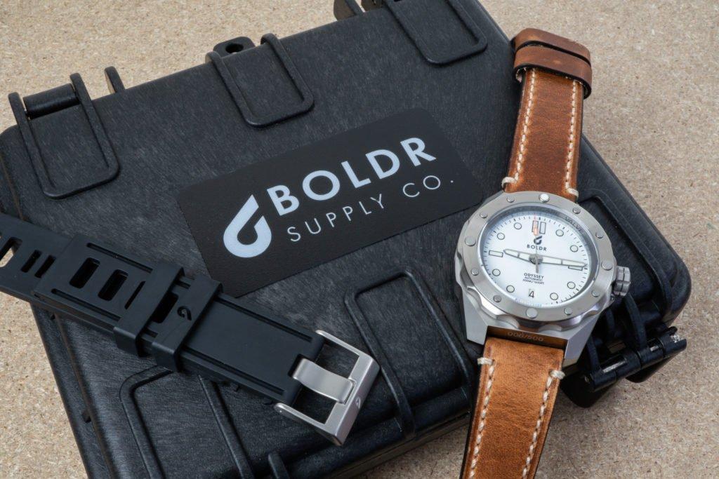 Waffenbox BOLDR Uhr