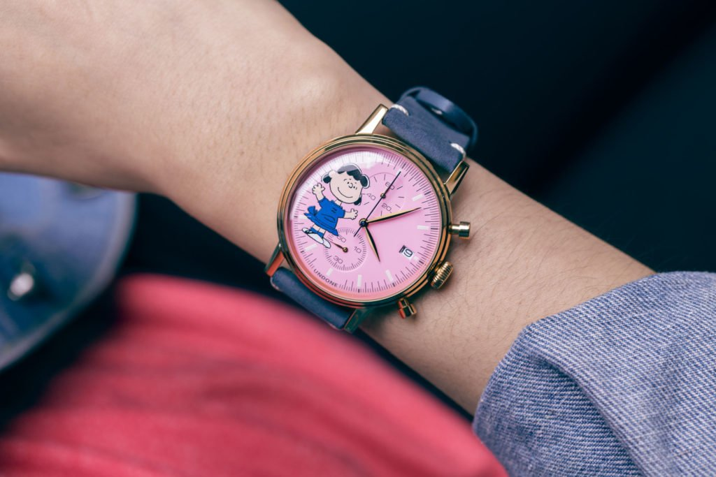 Peanuts Motiv Uhr kaufen Geschenk konfigurierbar
