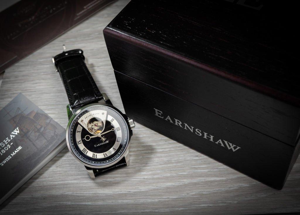 Holzbox Furnier Earnshaw Uhr