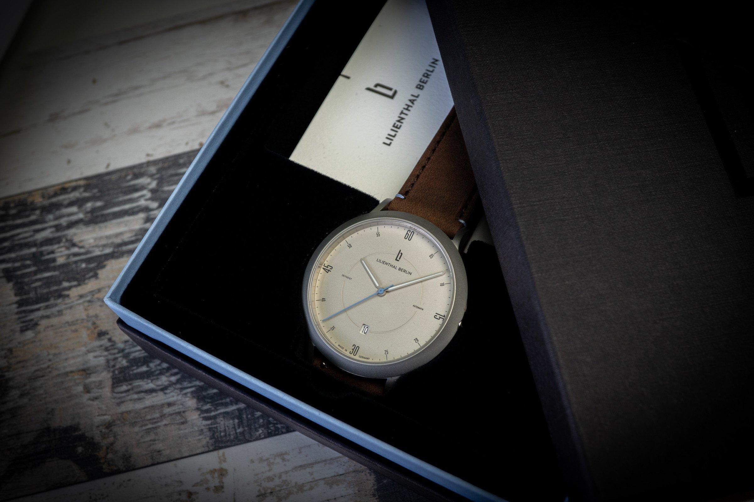 Lilienthal Berlin Zeitgeist Automatik Silber Geschenkverpackung