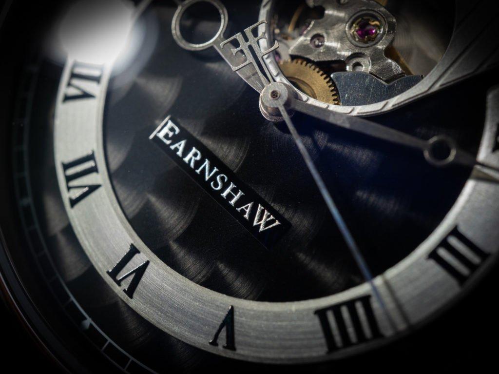 Perlschliff Perlage Zifferblatt Swiss Made Uhr