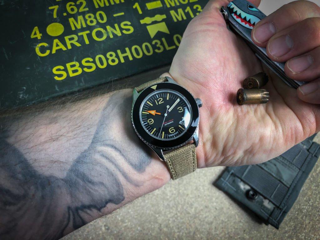 Retro Militär Uhr Taschenmesser Hai