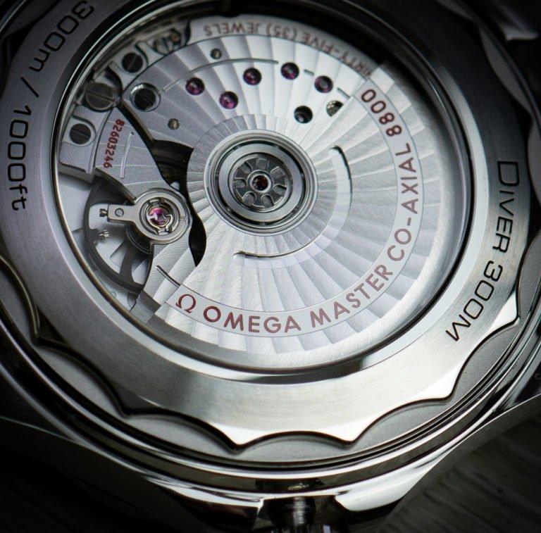 Omega-Master-Co-Axial-8800-Seamaster-Diver-300m
