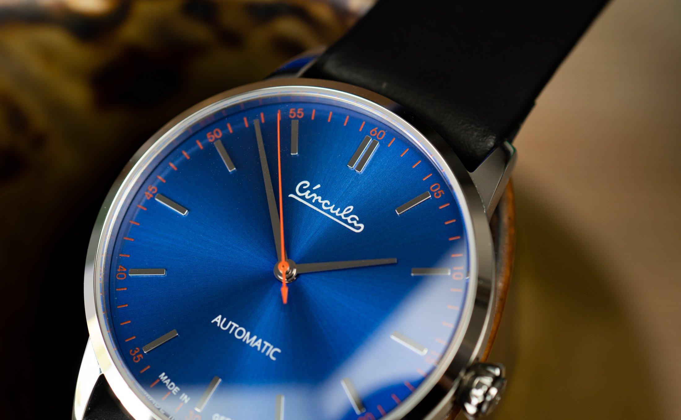 Circula-Klassik-Automatik-blau-Test-Uhr