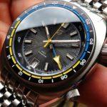 Straton-Tourer-GMT-Uhr-1