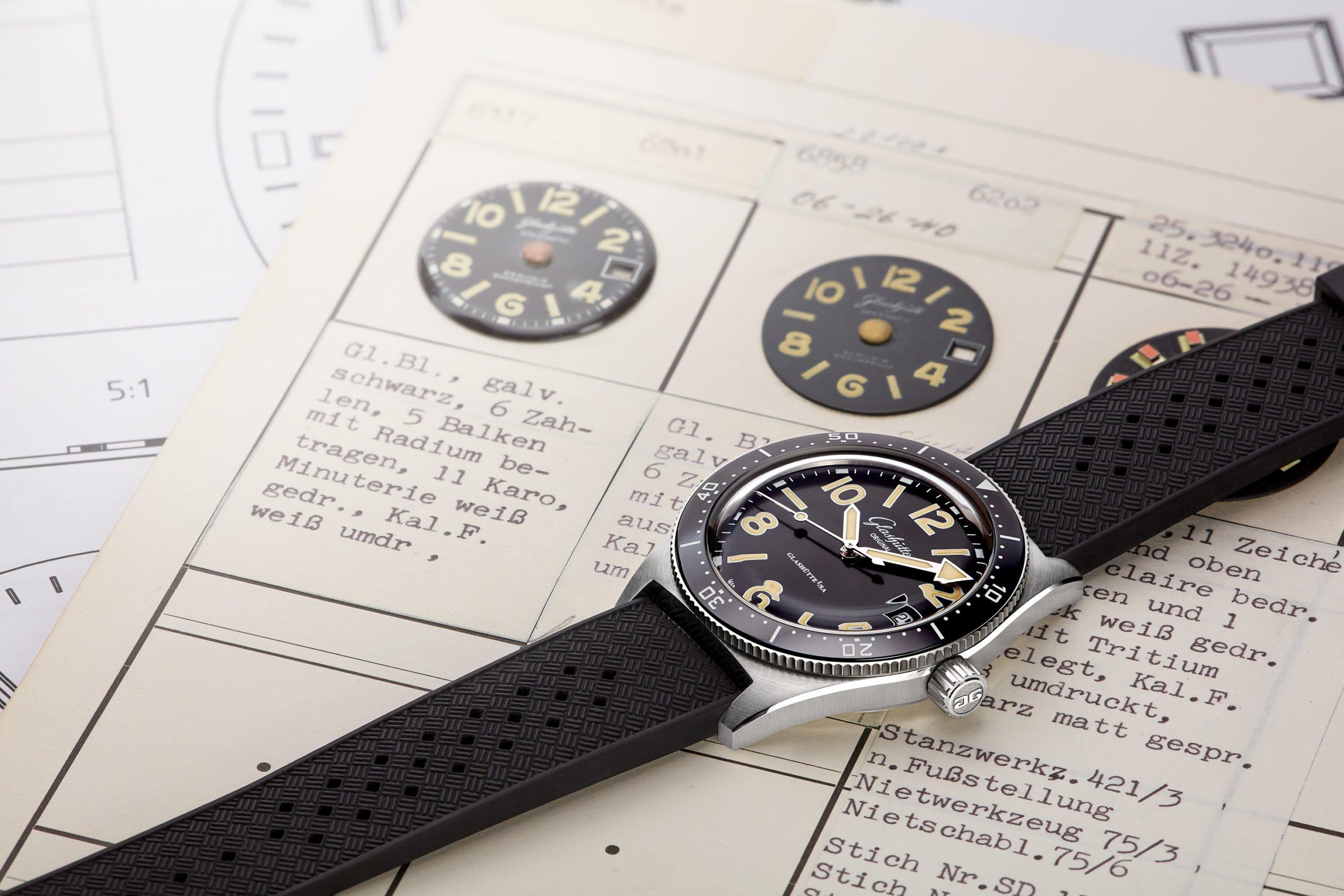 Neu Selbstklebend Schwarz Silber Gold Plastik Uhr Zahlen Herstellung