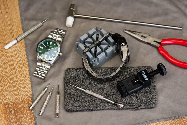 Uhrenarmband-kuerzen-Metall