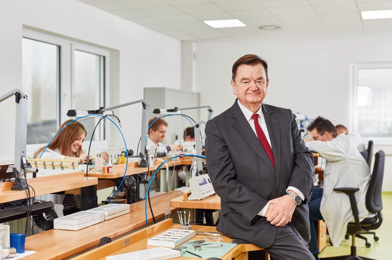 Sinn-Spezialuhren-Lothar-Schmidt