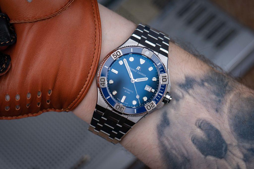 Maurice-Lacroix-Aikon-Venturer-Handgelenk-Wristshot-Größe