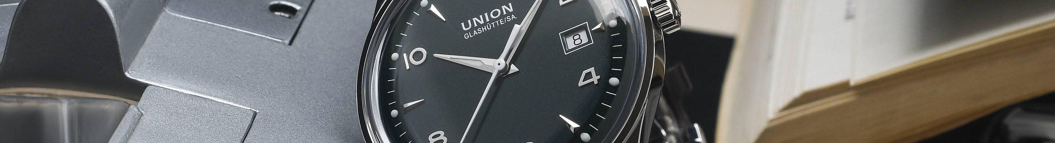 Union Glashütte_Noramis Datum_British Green_D012.407.16.097.00