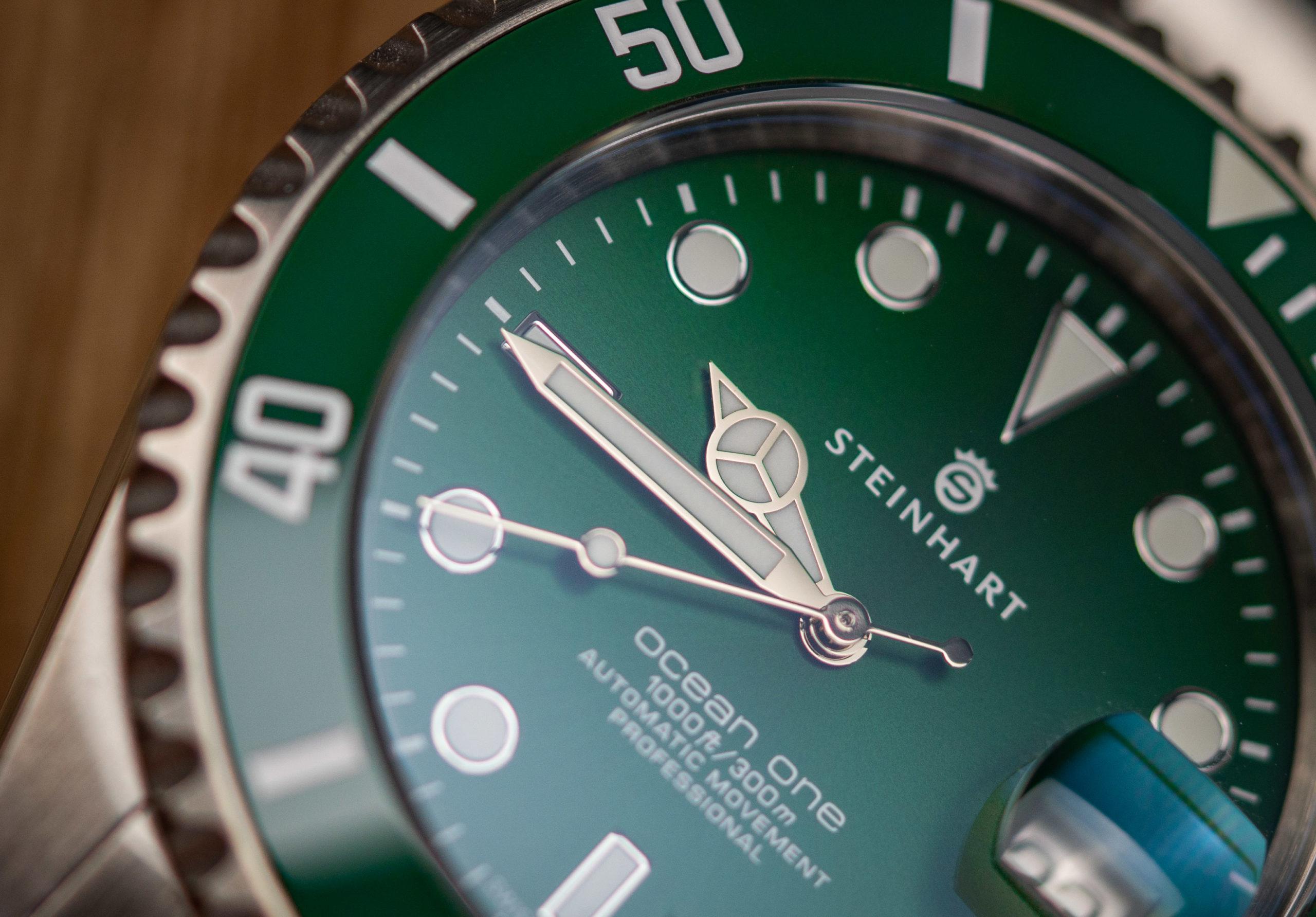 Steinhart-Ocean-One-Double-Green-Keramik-Test-Uhr