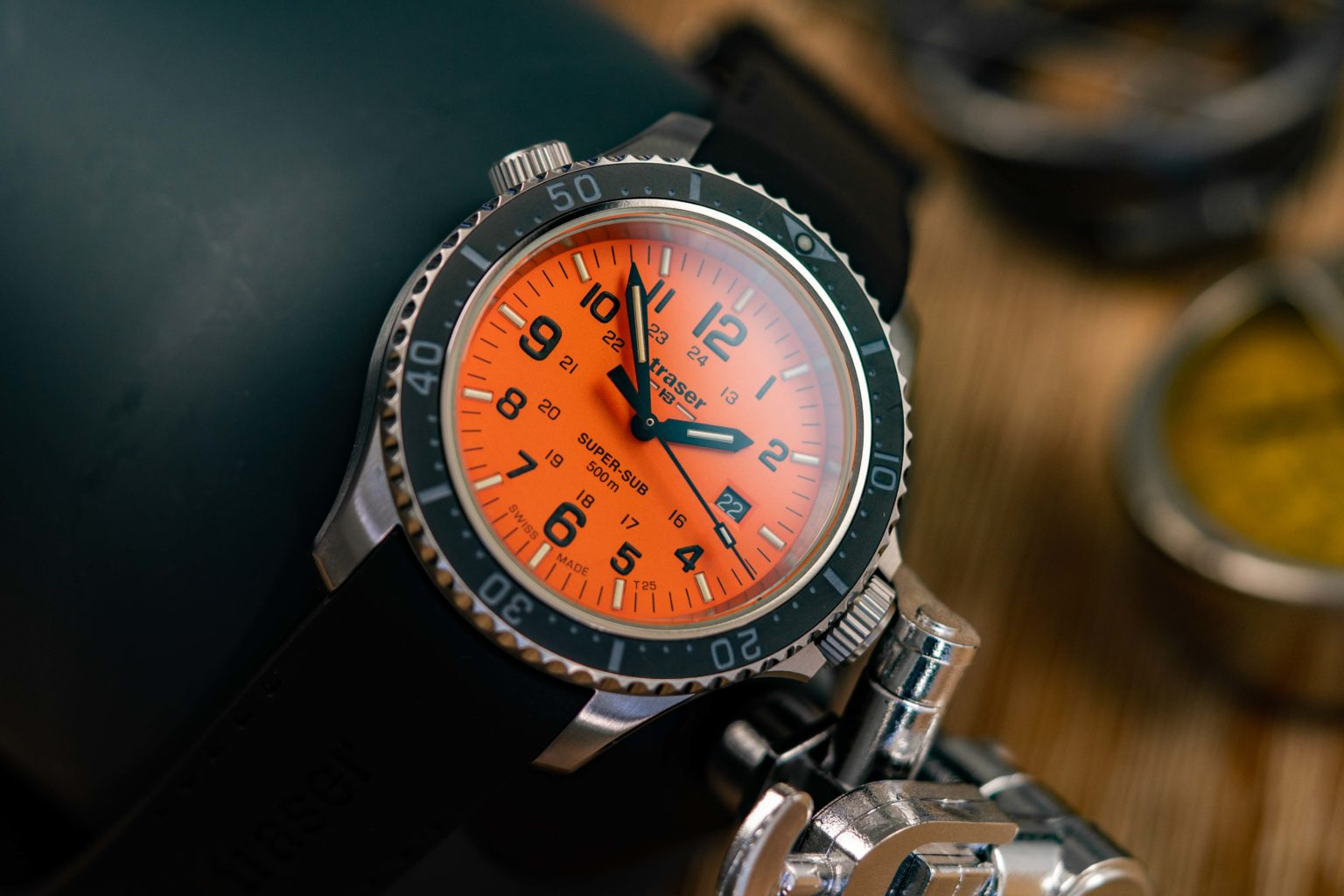 traser-Super-Sub-500-Orange-Taucheruhr-Test-1