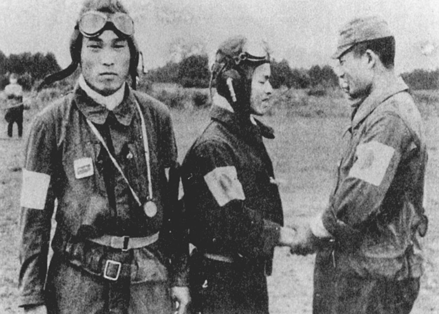 Cockpit-Uhren-Japan-WW2-1